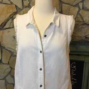 Free People Tops - Free People sleeveless button down shirt